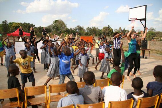 Schüleraustausch mit Shangilia in Kenia