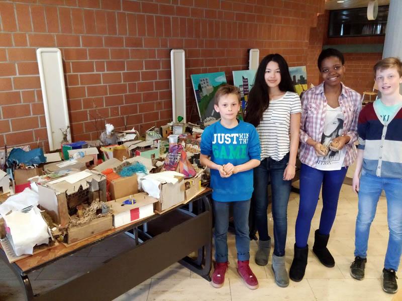 Miniaturmodelle lassen Leben in Slums nachfühlen