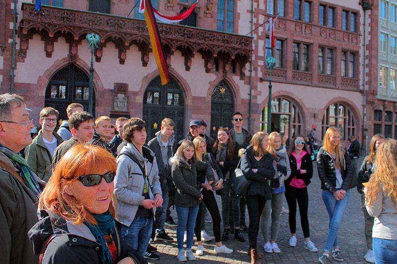 Wissen und Freude: Exkursion nach Frankfurt