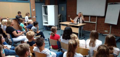 Jutta Richter liest für die Klassen 5a und 5b