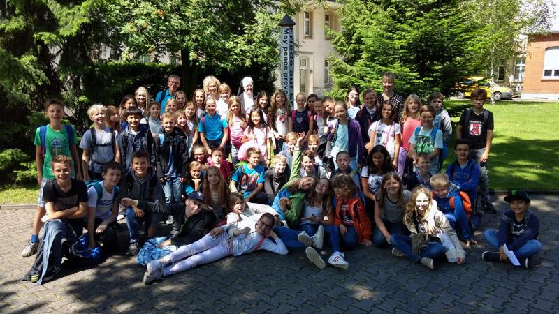 Klassen 5a und 5b zu Besuch im Mutterhaus in Paderborn