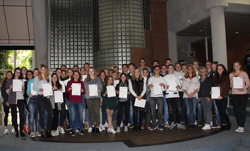 Rekord: 60 Schüler bestehen LCCI-Zertifikatsprüfung