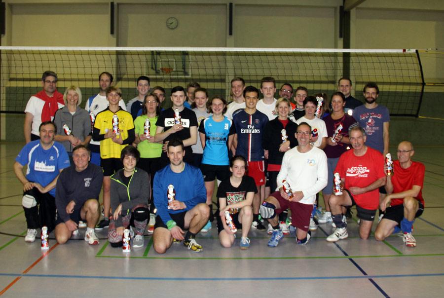 Spaß beim Volleyball-Nikolaus-Turnier im Vordergrund
