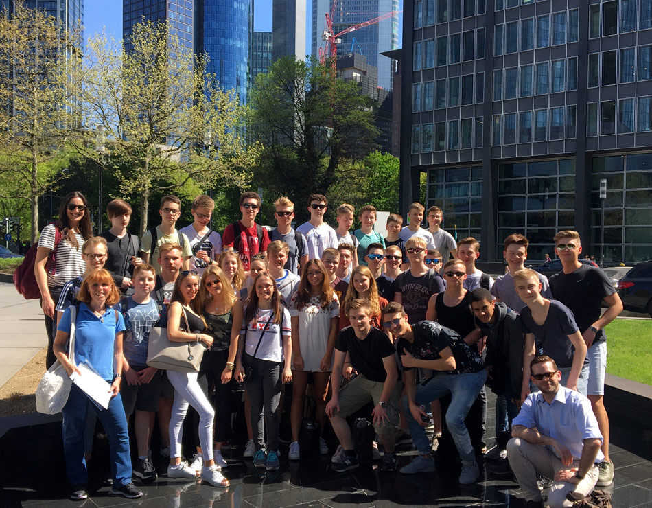 Erdkunde-Kurse der Q1 erkunden Frankfurt
