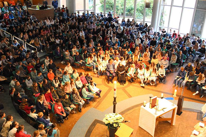 Gottesdienst zum Patronatsfest der Schule