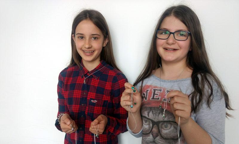 Mallinckröten als Kettenanhänger im Schulshop erhältlich