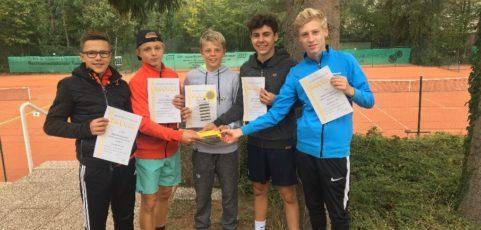 Weiterer Erfolg im Tennis: Jungen werden Stadtmeister