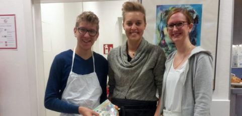 Spendenaktion auf dem Schulhof des Mallinckrodt-Gymnasiums